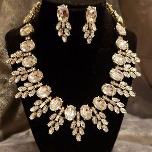 Oscar de la renta necklace and earrings set